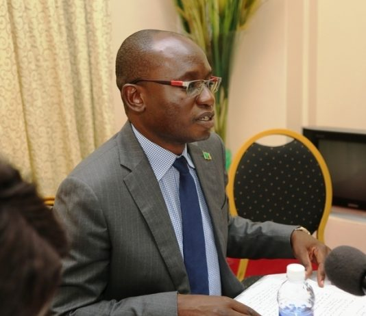 Special Assistant to the President (Press and Public Relations) Mr Amos Chanda addresses journalists at a Press Briefing on the impeachment motion by UPND, at State House on Friday, 23rd March, 2018. Picture by Eddie Mwanaleza/State House