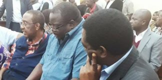 Kambwili flanked by HH and GBM at Court on Tuesday afternoon