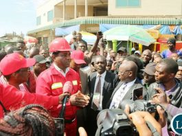 Mr Hichilema engages with Marketeers at COMESA market