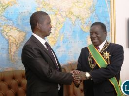 President Edgar Lungu congratulates President Emmerson Mnangagwa shortly after his inauguration ceremony