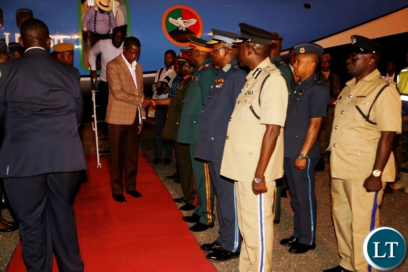 President Edgar Lungu being welcomed by Service Chiefs shortly after his arrival at City Airport yesterday 18-11-2018. Picture by ROYD SIBAJENE/ZANIS