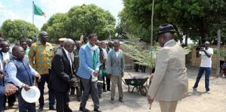 President Edgar Lungu greets Chief Mwene Mutondo at His Palace