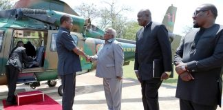 President Edgar Chagwa Lungu being welcomed by Presidential Affairs Minister Freedom Sikazwe at State House upon arrival from Luangwa Valley National Park where he had gone on a working vacation -Pictures By Eddie Mwanaleza/State house 03-12-2018