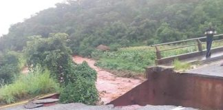 The collapse of the Lunzuwa bridge, on Kasama-Mpulungu road,