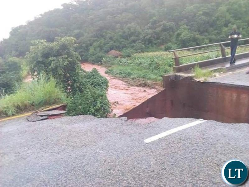 The collapse of the Lunzuwa bridge, on Kasama-Mpulungu road,