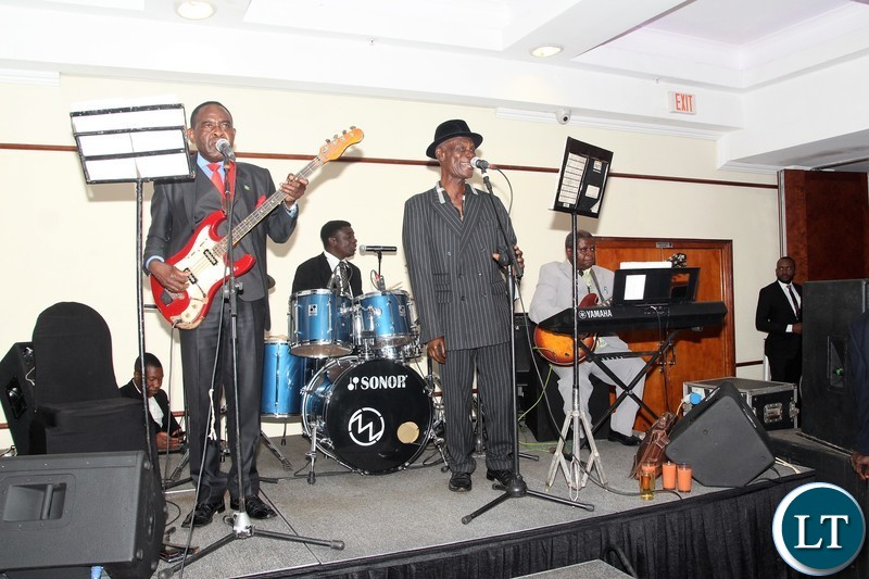Cool dadies band and green buffaloes orchestra entertained the guests