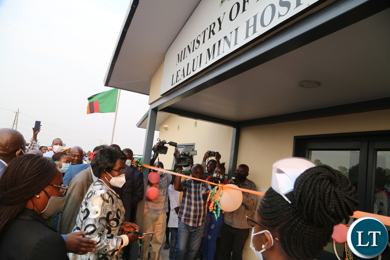 Vice President Inonge Wina officially commissioned the Lealui Mini hospital in Lealui western province