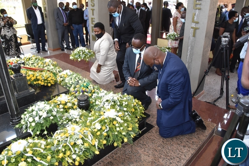 Cabinet Ministers laying wreaths at the tomb of the late President Sata during the Sata memorial service at Embassy park. Wednesday, October 28, 2020.Picture By ROYD SIBAJENE/ZANIS